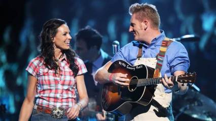 rory-joey-feek-today-tease-2-151207_800c4ee68f1192b23752b5d380e211bf-today-inline-large